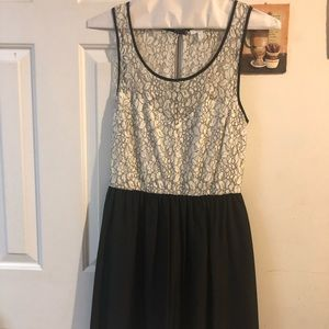 NEW CONDITION Ivory and Black Lace Detail Dress